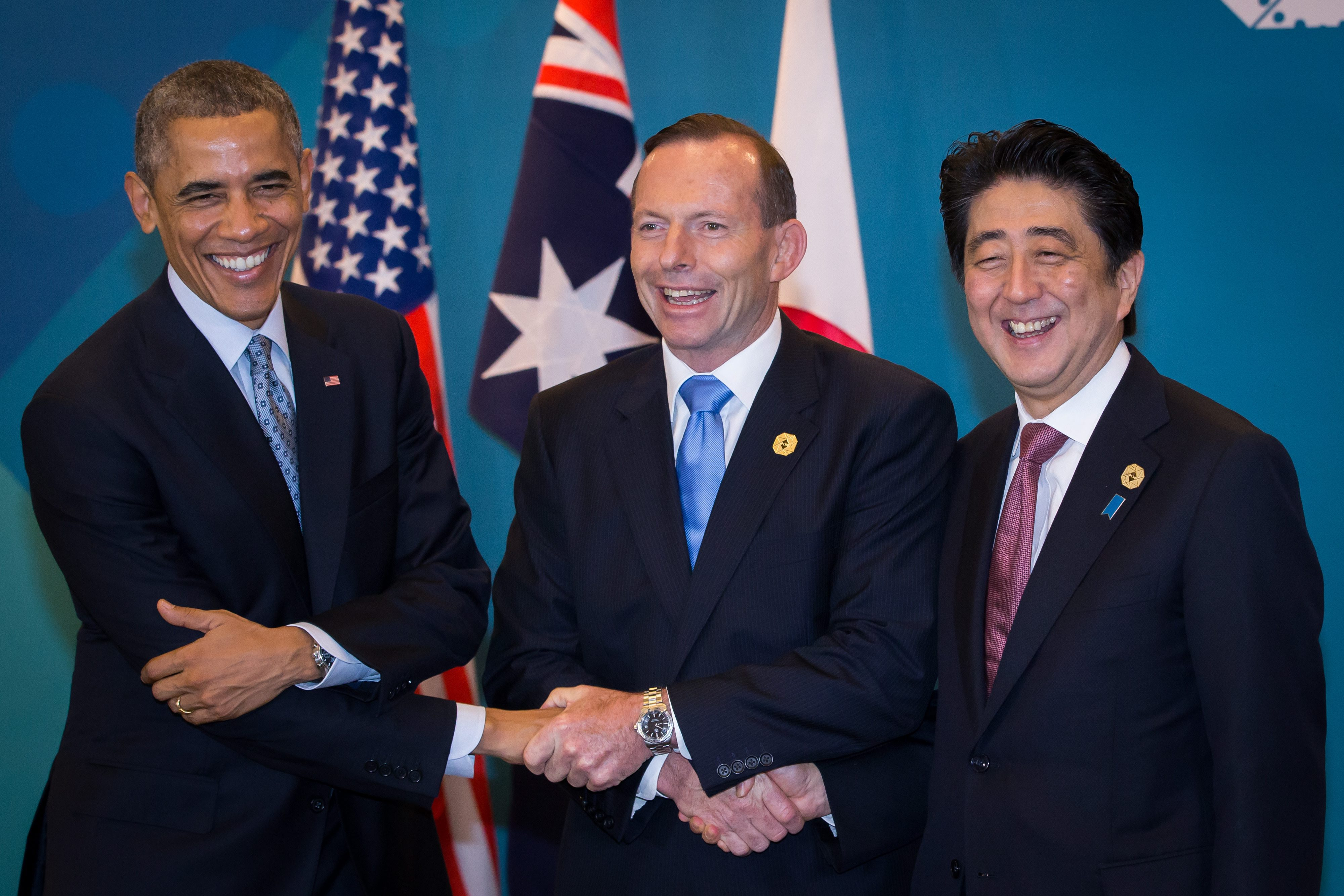 Obama, Abbott, Abe (AFP)