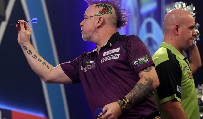 Peter Wright verslaat Michael van Gerwen in de WK-finale darts